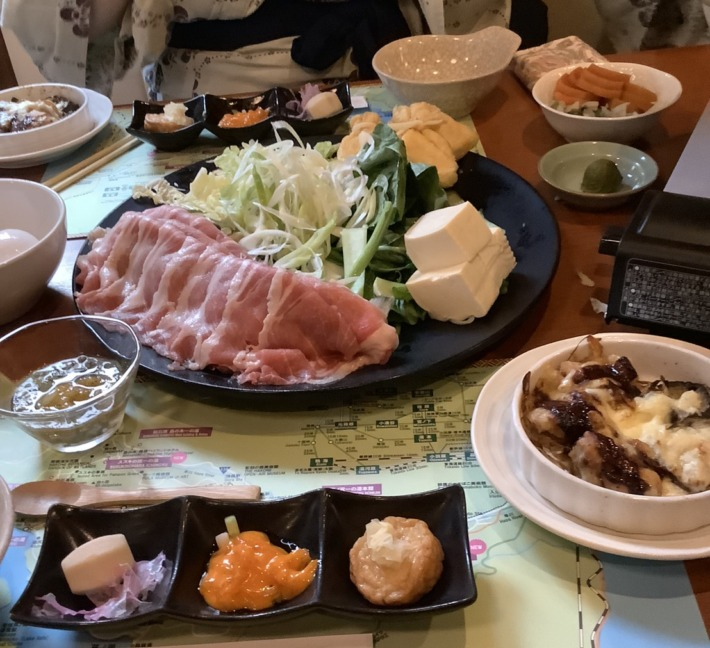 【仙石原 品の木 一の湯】夕食の箱根山麓豚のしゃぶしゃぶ鍋