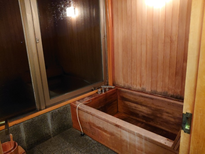まかど観光ホテル 客室 特別和室 客室檜風呂