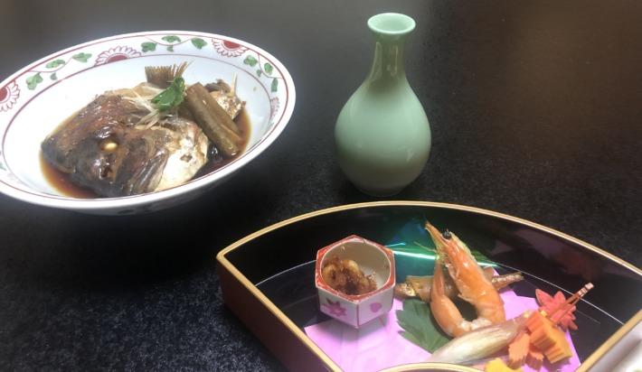 京都嵐山 花のいえ 夕食 日本酒 魚の煮付け