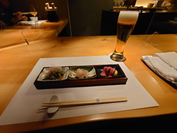 ONSEN RYOKAN 由縁新宿 夕食 季節の前菜の盛り合わせ