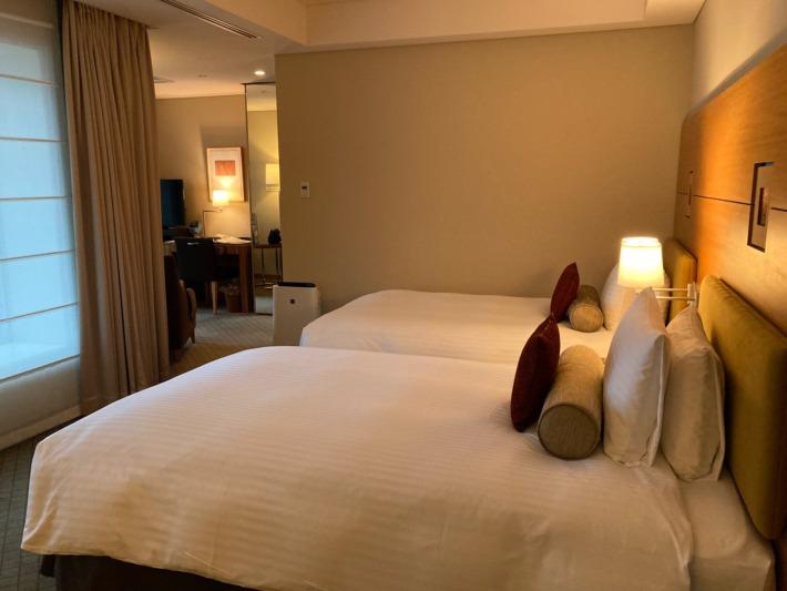 丸ノ内ホテル デラックスツインルーム ベッドルーム