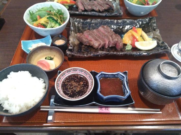 ザ・プリンスパークタワー東京内 日本料理屋『芝桜』夕食 黒毛和牛ステーキ御膳
