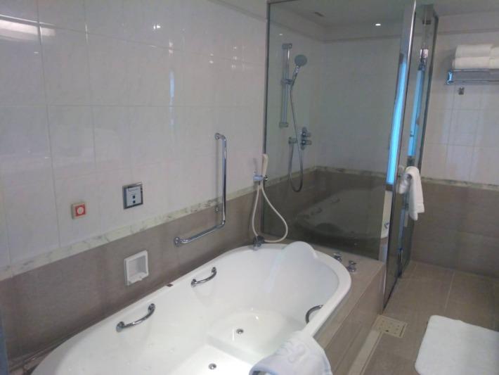 ザ・プリンスパークタワー東京 スイートルーム シャワールーム