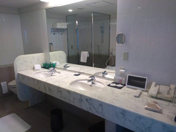 ザ・プリンスパークタワー東京 スイートルーム 洗面台