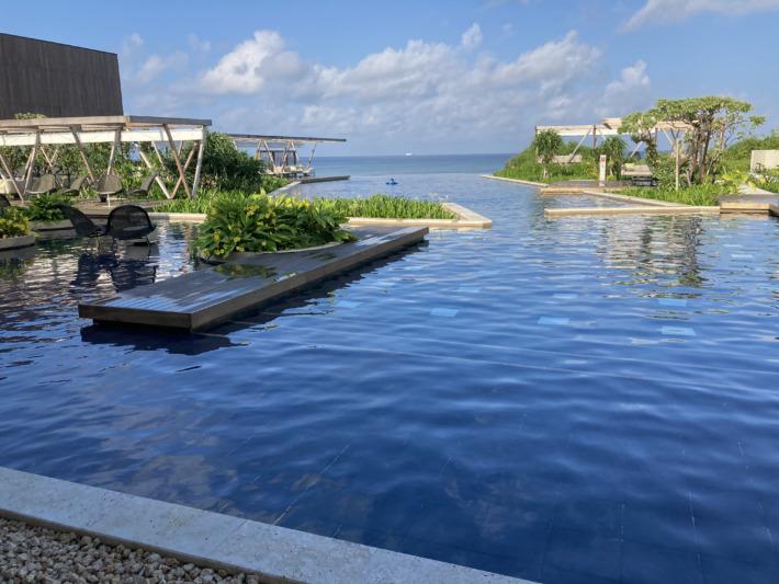 星のや沖縄 プール