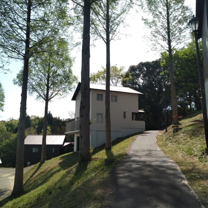 宍道ふるさと森林公園のマウンテンコテージ全景