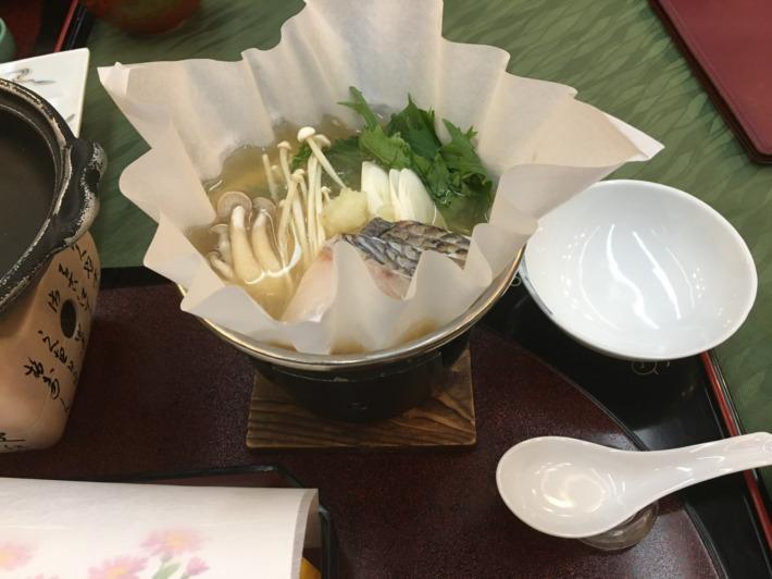 湯之助の宿長楽園 お食事処「故郷」夕食 鯛のおろし鍋